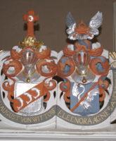 Wappen über der Prieche